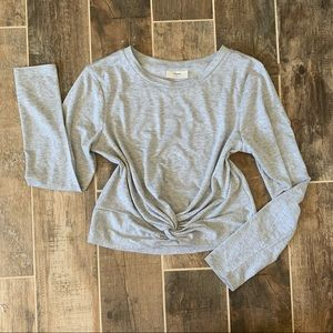 Tops - ✨ Heather Gray Knot Front Long Sleeve Top